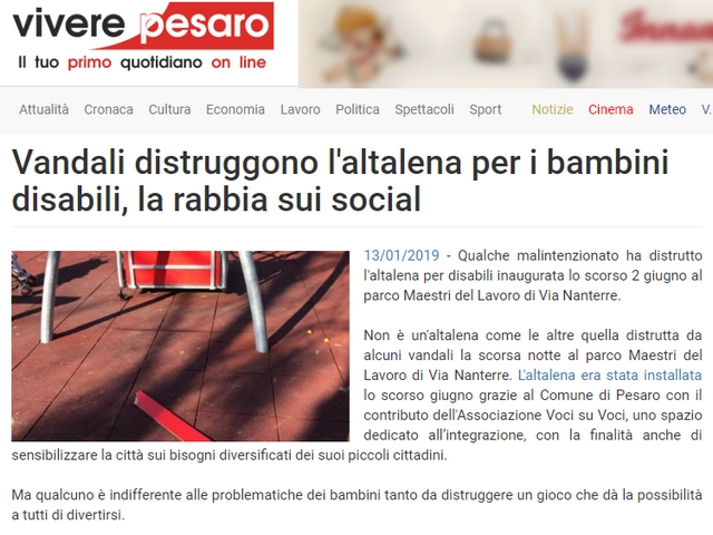 Pesaro: danneggiata altalena per disabili