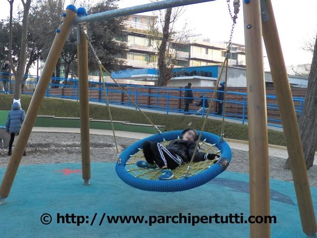 Un parco giochi, ma per chi?di Tonino Urgesi – Riflessioni